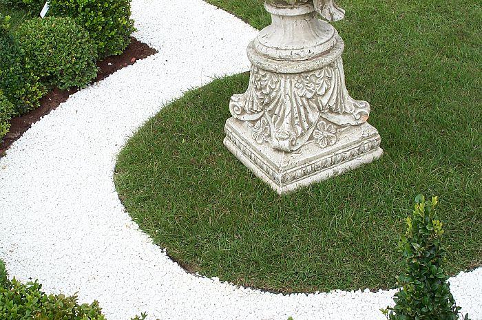 Polar White Gravel 10mm Decorative Aggregates