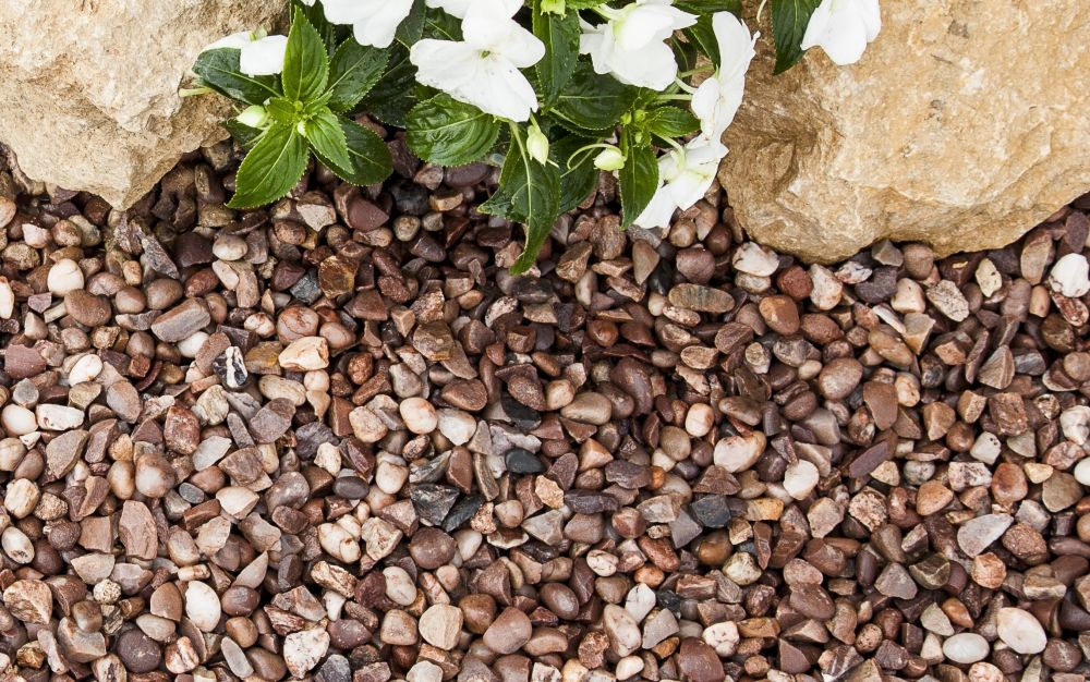 Pebbles 20KG Bag Gardens Slate Chippings Aggregates Cheshire Pink 20mm