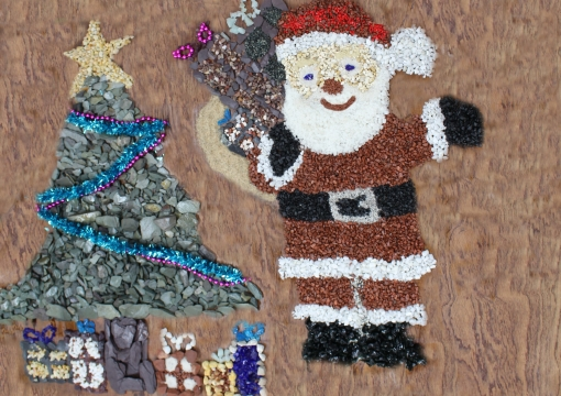 Christmas Crafts With Decorative Aggregates